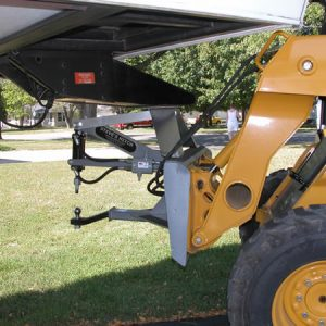 Fifth Wheel Style Steves Hitch Skidsteer - 6